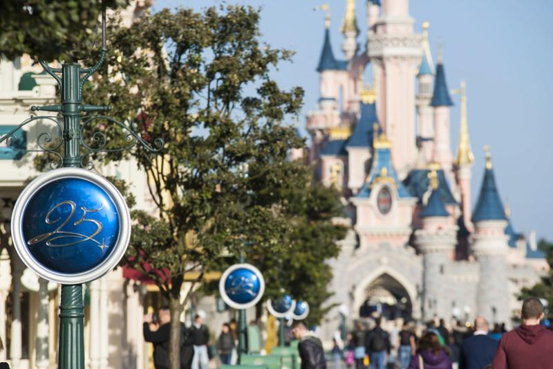 25° Anniversario di Disneyland Paris - Pagina 29 N0255212