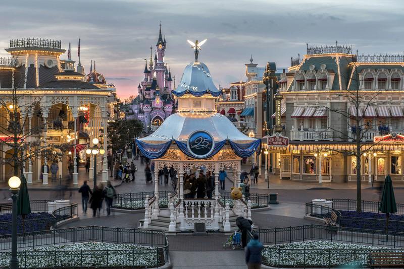 25° Anniversario di Disneyland Paris - Pagina 29 N0255412