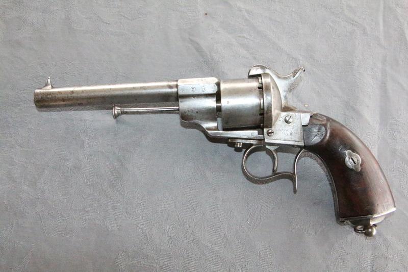 Un revolver 1858 de marine Img_3616