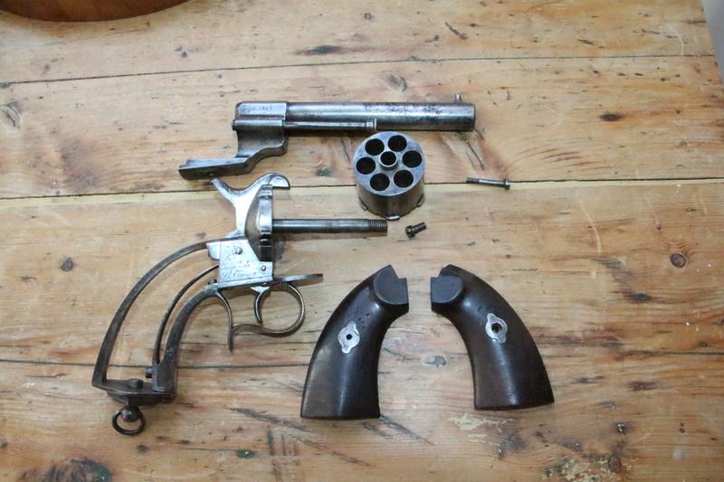 Un revolver 1858 de marine Img_3622