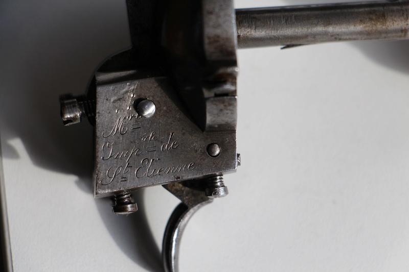 inscriptions des armes réglementaires de Saint Etienne. Img_3633