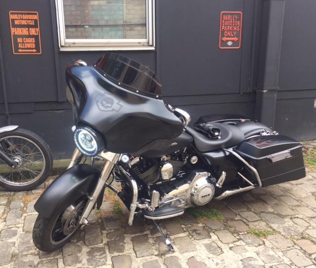combien de STREET GLIDE  sur le forum Passion-Harley - Page 11 Fullsi16