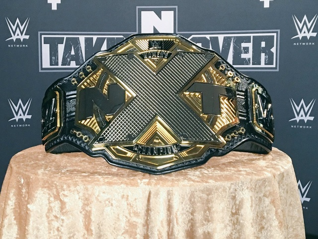 [Compétition] La WWE dévoile de nouvelles ceintures de champions pour NXT C8xzad11
