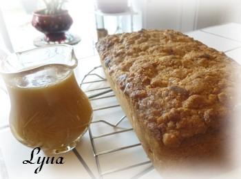 Pain-gâteau aux pommes et poires, sauce caramel Pain_g14