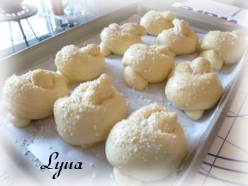Petits pains au lait avec Batteur sur socle Petits15
