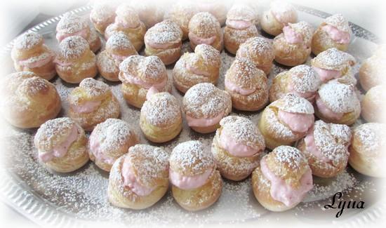Petits choux à la mousse de fraises Petits24