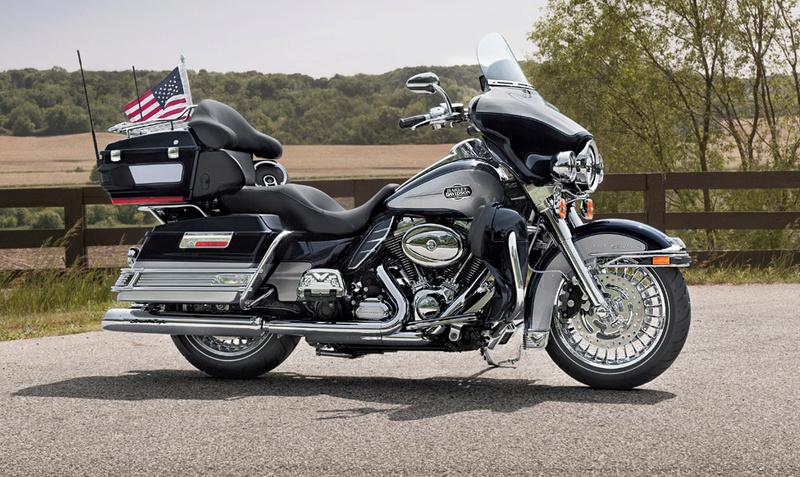 Gold wing à Vendôme Harley10