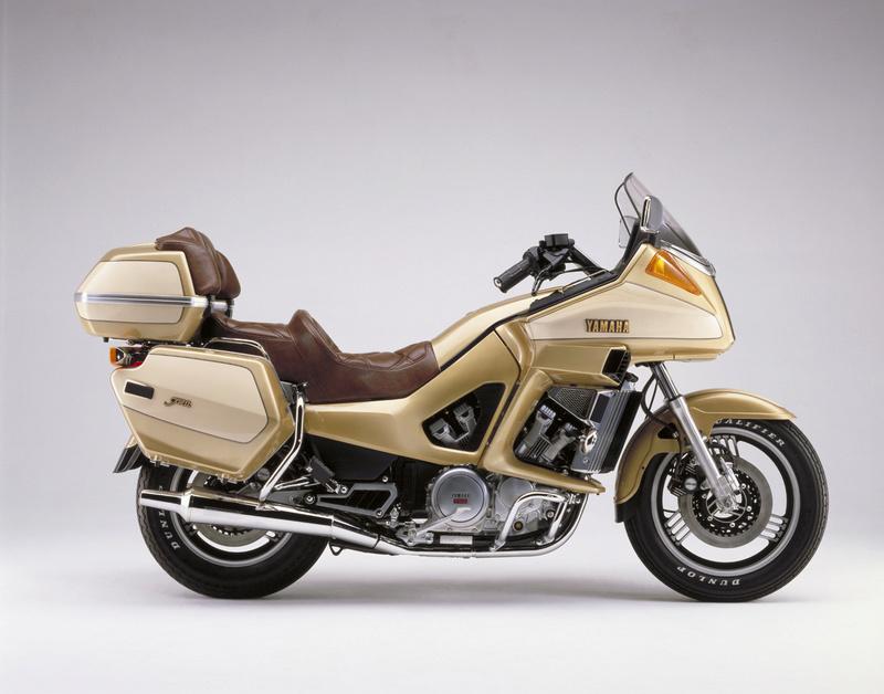 Gold wing à Vendôme Yamaha10