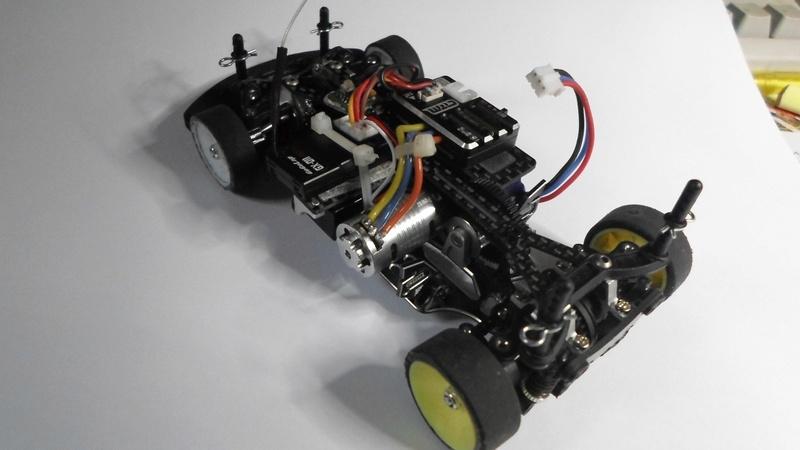Puce compatible Robi pour chassis avec Lipo Sam_1110