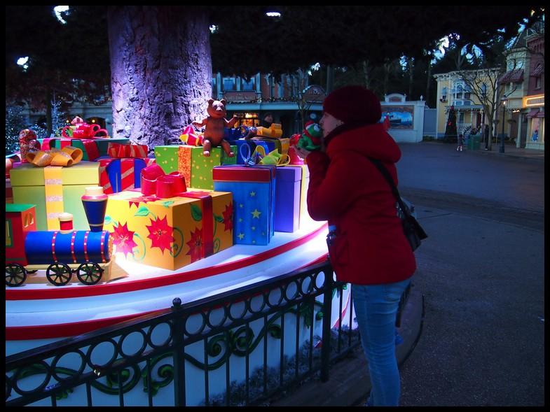 Un séjour magique à la découverte du parc pour Noël + Réveillon du jour de l'an + TR du 8/9 Mars + Rencontre magique au DLH (Fini) - Page 5 Photo310
