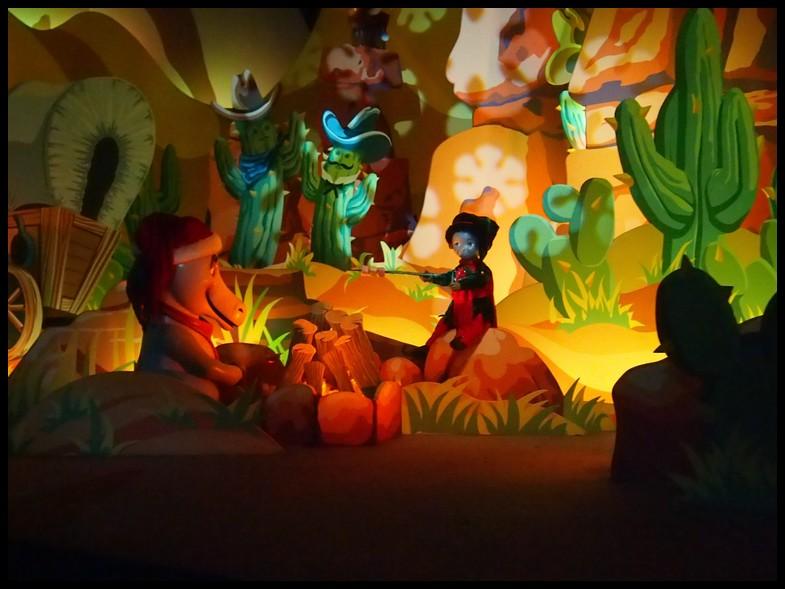 Un séjour magique à la découverte du parc pour Noël + Réveillon du jour de l'an + TR du 8/9 Mars + Rencontre magique au DLH (Fini) - Page 5 Photo340