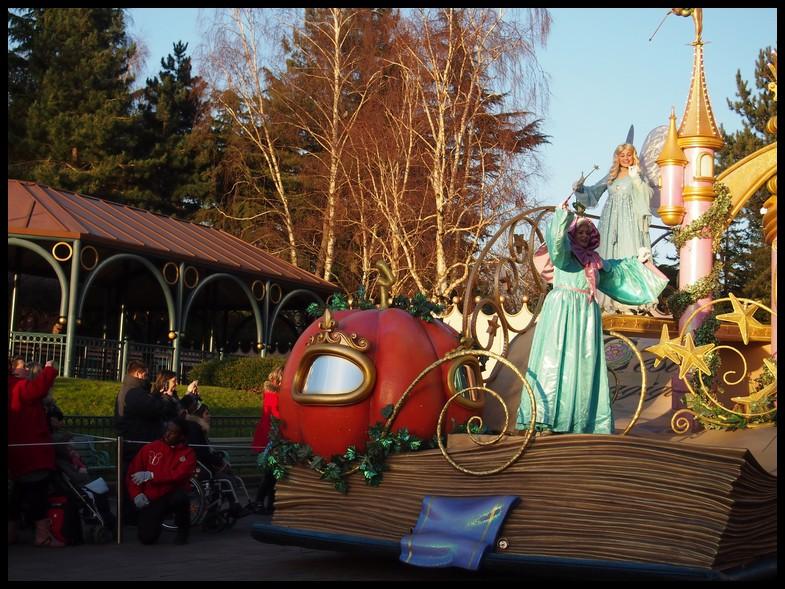 Un séjour magique à la découverte du parc pour Noël + Réveillon du jour de l'an + TR du 8/9 Mars + Rencontre magique au DLH (Fini) - Page 6 Photo367