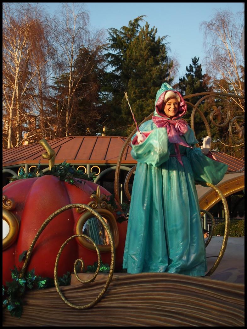 Un séjour magique à la découverte du parc pour Noël + Réveillon du jour de l'an + TR du 8/9 Mars + Rencontre magique au DLH (Fini) - Page 6 Photo369
