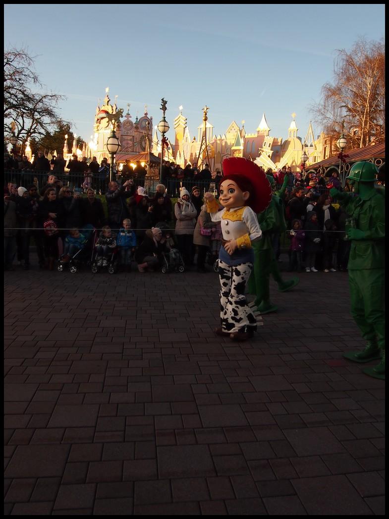 Un séjour magique à la découverte du parc pour Noël + Réveillon du jour de l'an + TR du 8/9 Mars + Rencontre magique au DLH (Fini) - Page 6 Photo382