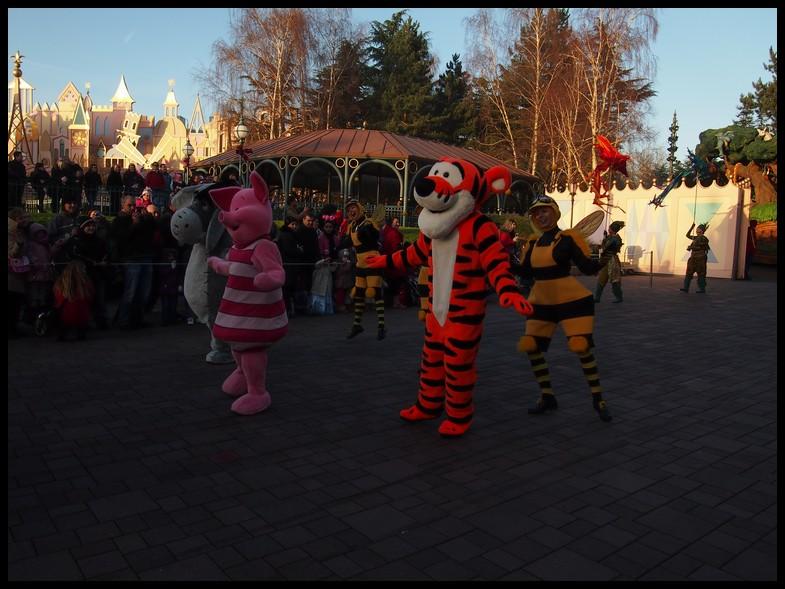 Un séjour magique à la découverte du parc pour Noël + Réveillon du jour de l'an + TR du 8/9 Mars + Rencontre magique au DLH (Fini) - Page 6 Photo384