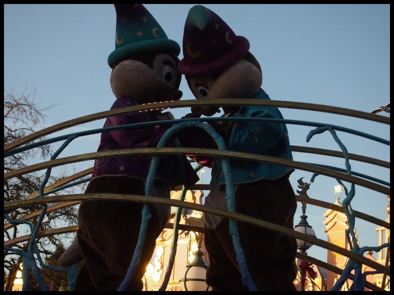 Un séjour magique à la découverte du parc pour Noël + Réveillon du jour de l'an + TR du 8/9 Mars + Rencontre magique au DLH (Fini) - Page 6 Photo396
