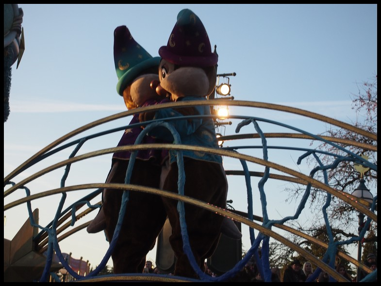 Un séjour magique à la découverte du parc pour Noël + Réveillon du jour de l'an + TR du 8/9 Mars + Rencontre magique au DLH (Fini) - Page 6 Photo397
