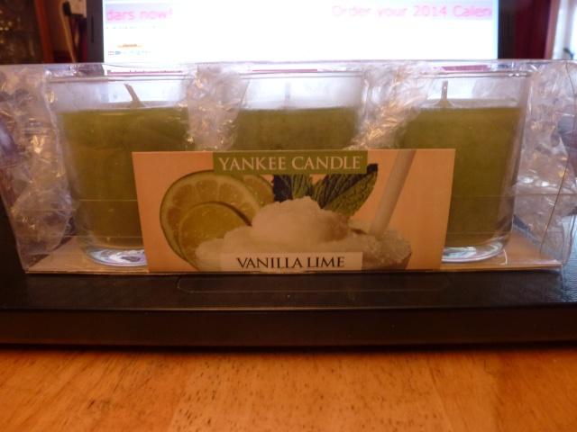 42.  Yankee Candle Votives - Vanilla Lime P1070612