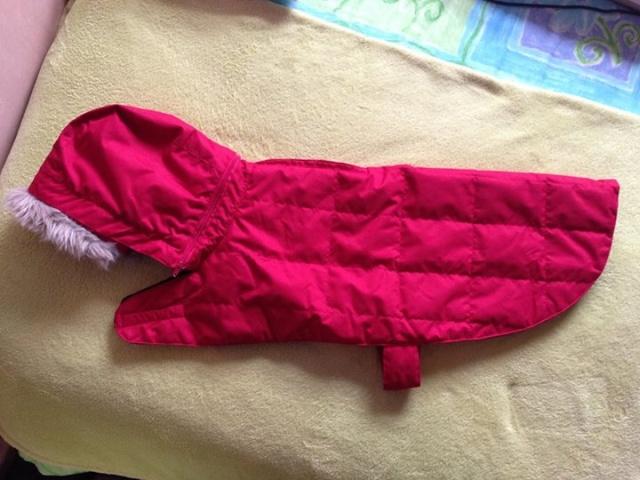 46.  Fur Trimmed Red Dogs Coat Z410