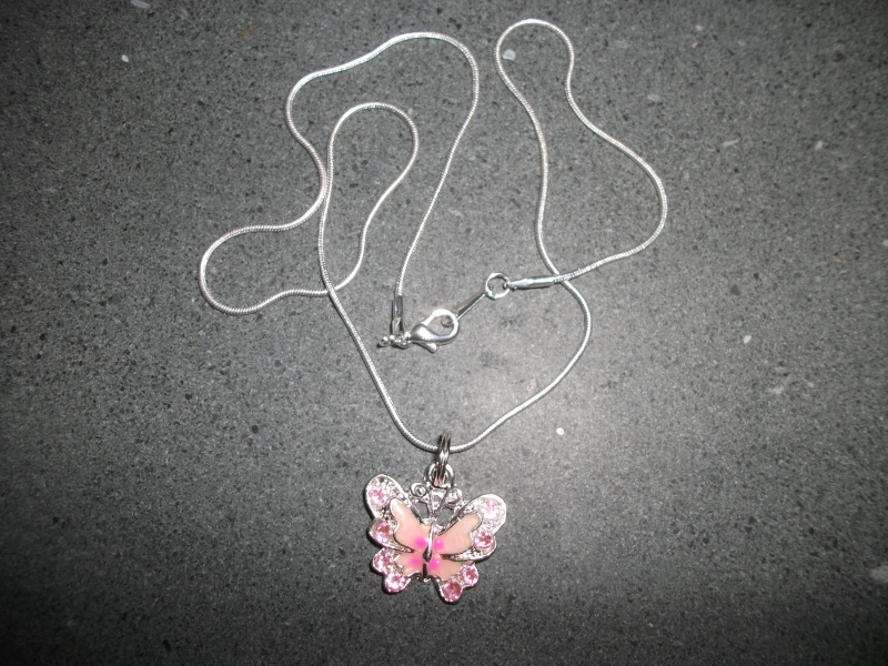27.  Pink Butterfly Necklace Zzzz10