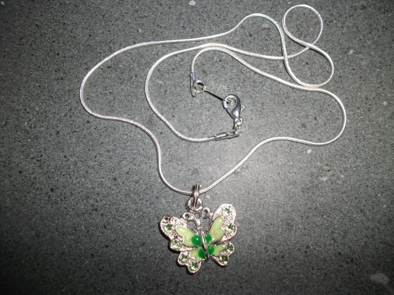 28.  Green Butterfly Necklace Zzzzz10
