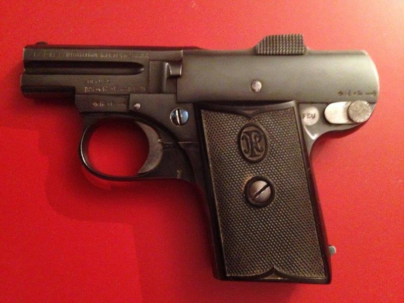 Pistolet FN 1899 Img_0714