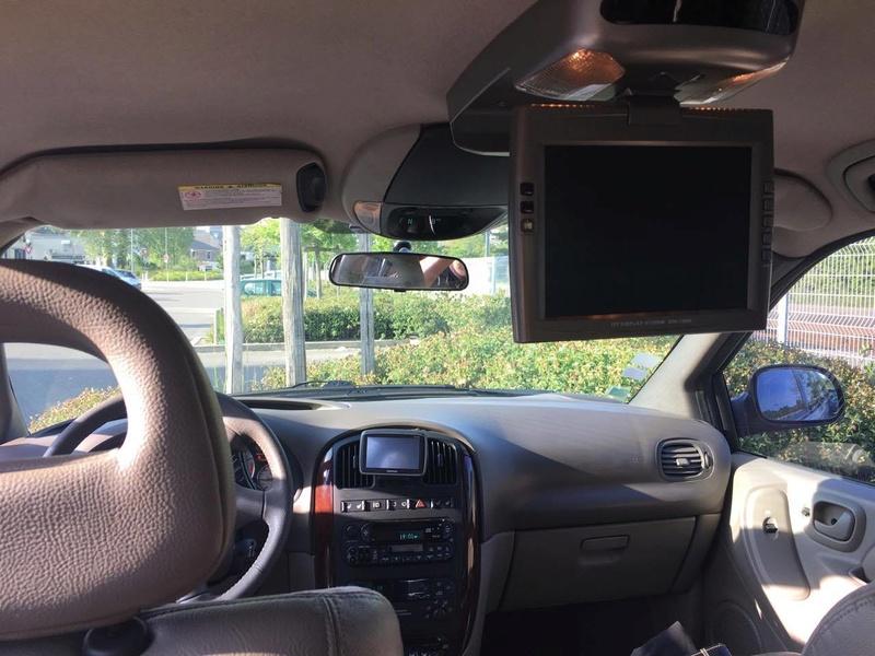 Mon Chrysler voyager S4 LX  18160010