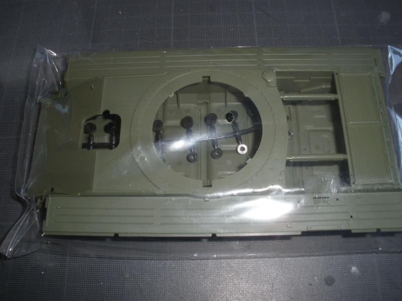Revue de kit T-90A MENG échele 1/35. Pb250336