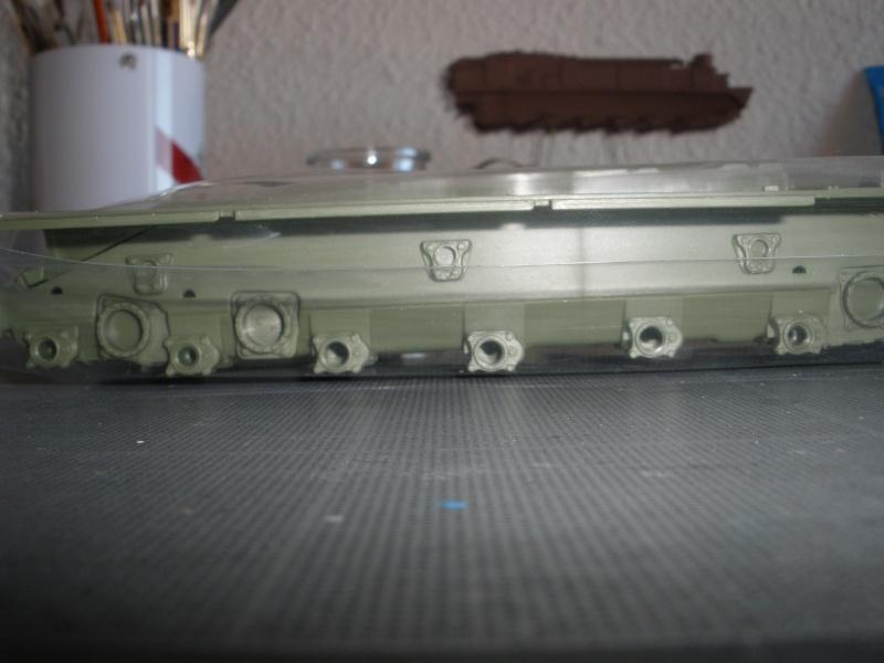 Revue de kit T-90A MENG échele 1/35. Pb250337
