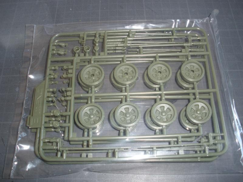 Revue de kit T-90A MENG échele 1/35. Pb250338