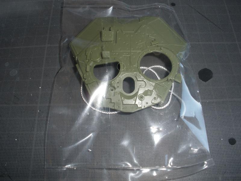 Revue de kit T-90A MENG échele 1/35. Pb250340