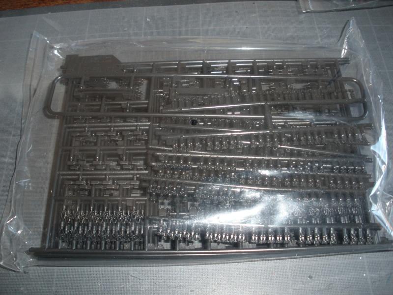 Revue de kit T-90A MENG échele 1/35. Pb250346