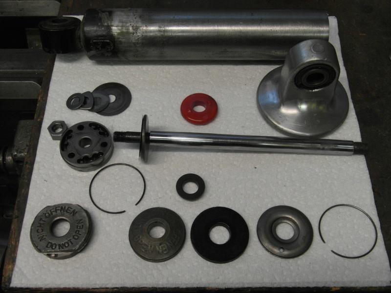 Ever wondered what's inside a BMW damper? Sam_0813