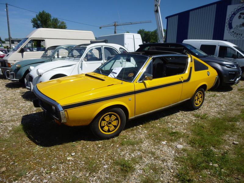 Club des véhicules anciens d Aoste  P1010710