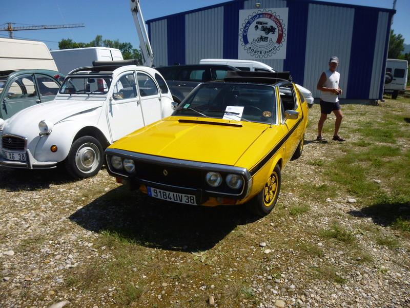 Club des véhicules anciens d Aoste  P1010711