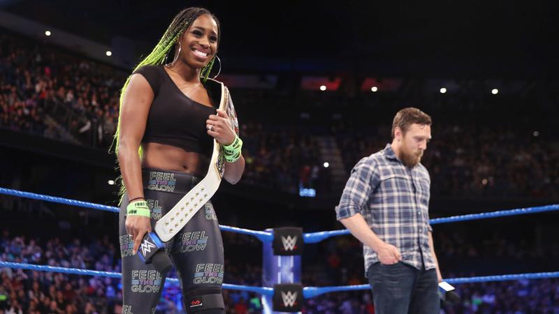 [Forme] Naomi pourrait rater Wrestlemania  660xnx12