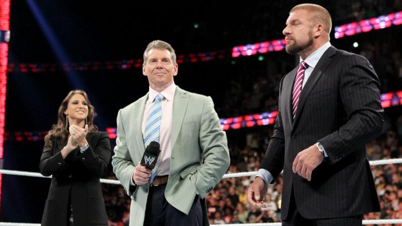 [Divers] Qui pour succéder à Vince McMahon ?  Oov2k910