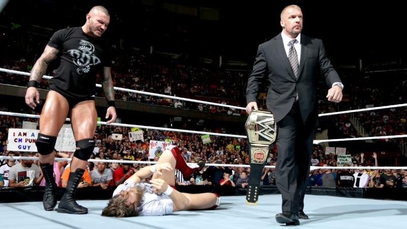 [Compétition] Triple H est-il en train d'enterrer Daniel Bryan ?  Raw_1011