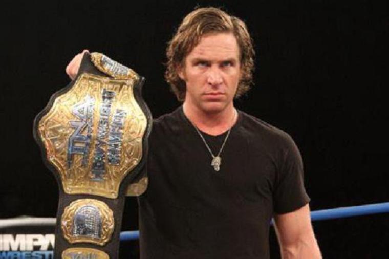 [Compétition] Un ex-champion du monde quitte la TNA ? Resize10