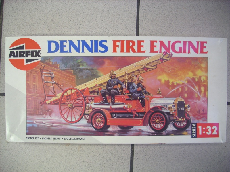 Dennis Fire Engine, Airfix 1:32 00012915