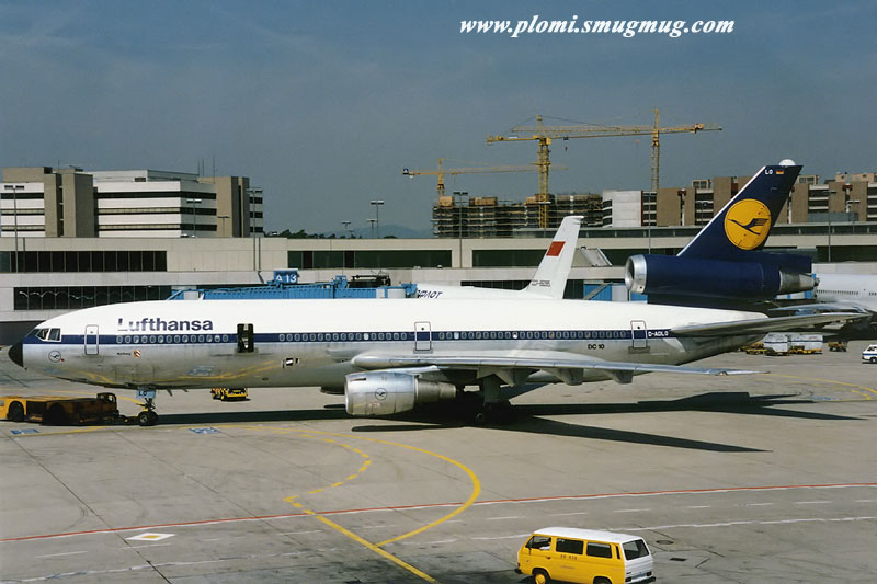 DC-10 in FRA - Page 4 19880810