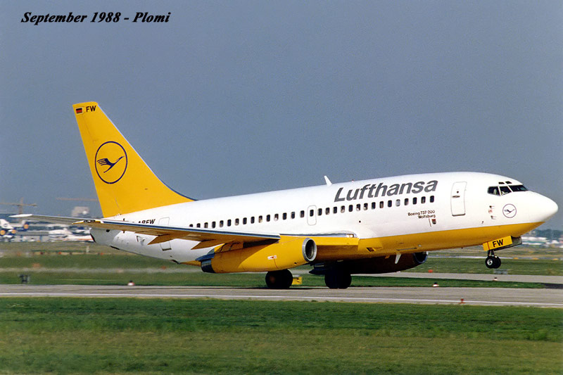 737 in FRA - Page 3 19880811