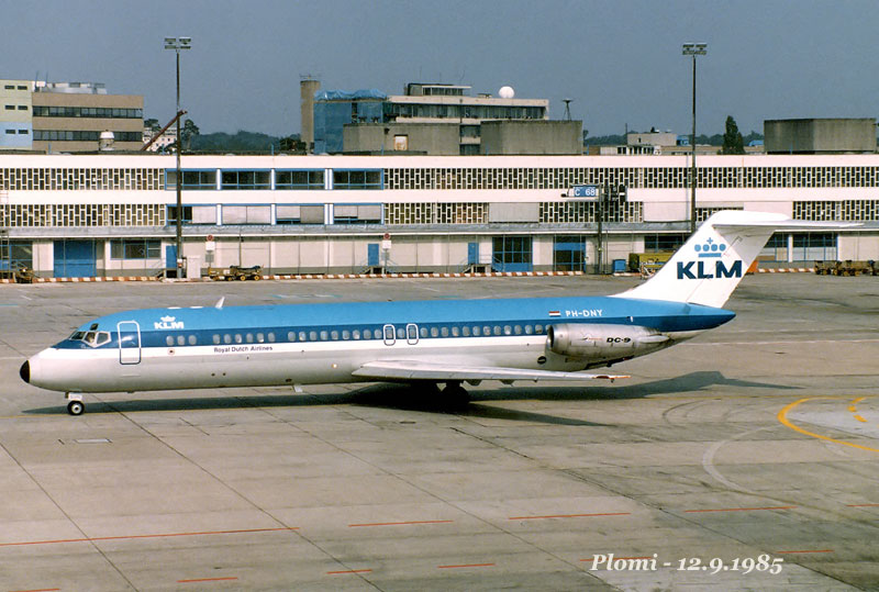 DC-9 in FRA - Page 3 Ph-dny10