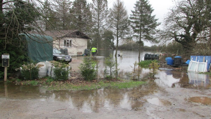 Floods!! Img_1422