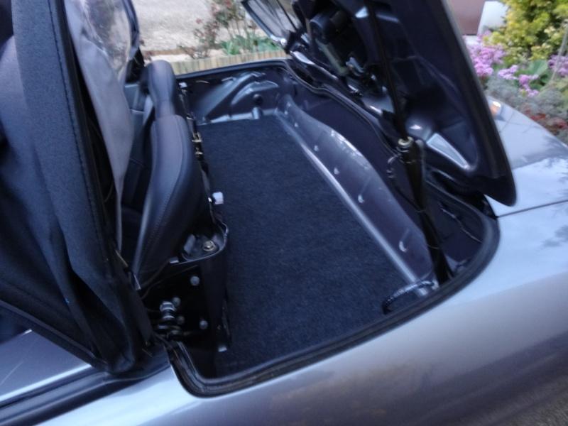 (Vendue) - Renault Megane Cabriolet 2.0 16V (non IDE) - 4 800€ pour 96 400 kms Dsc00313