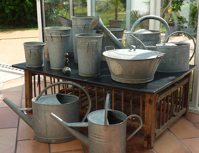 """Concours """"accessoires jardinistiques"""" - les votes 24052910"""