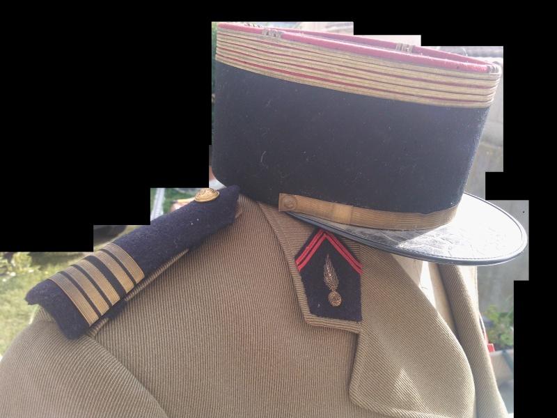 un uniforme de colonel Wp_00020