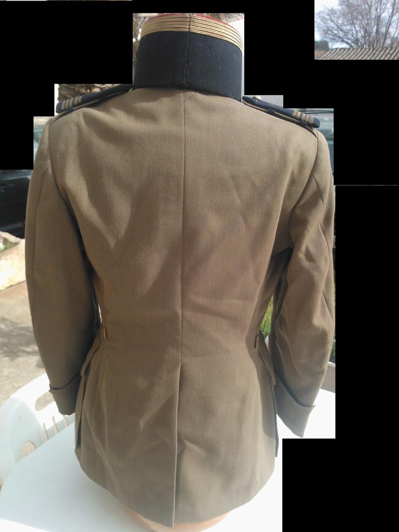 un uniforme de colonel Wp_00021
