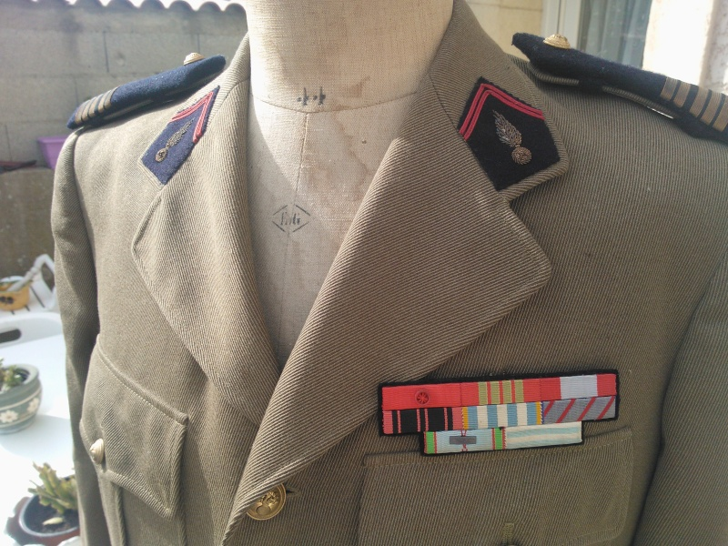 un uniforme de colonel Wp_00022