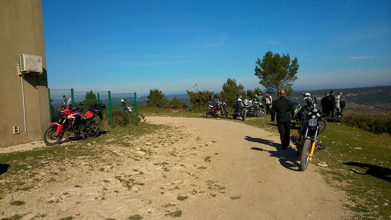Balade Trail le 26 fevrier dans le Gard - Page 3 Dsc_0321